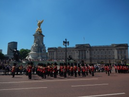 Buckingham Palace: Changing of the Guards