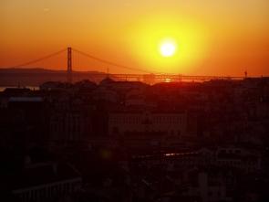 Lissabon: Blick vom Miradouro da Graca