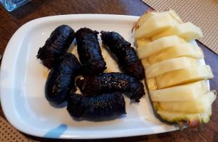 Blutwurst mit Ananas