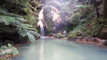 Caldeira Velha großes Becken