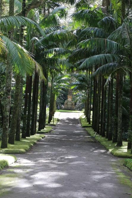 Parque Terra Nostra Allee