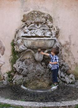 Rom Brunnen Aventin