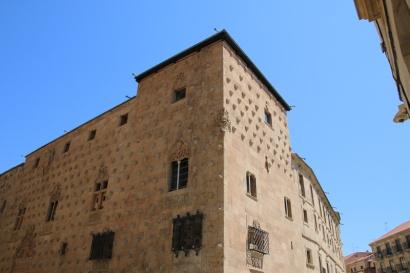 Spanien Salamanca Casa de las Conchas mit Jakobsmuscheln