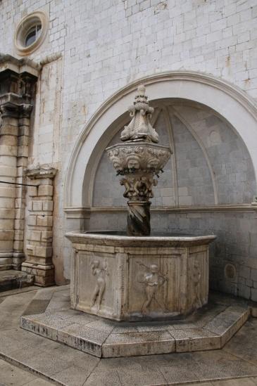 Kroatien Dubrovnik Luza kleiner Onofrio-Brunnen