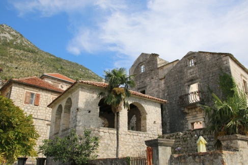 Montenegro Perast Villen und Ruinen