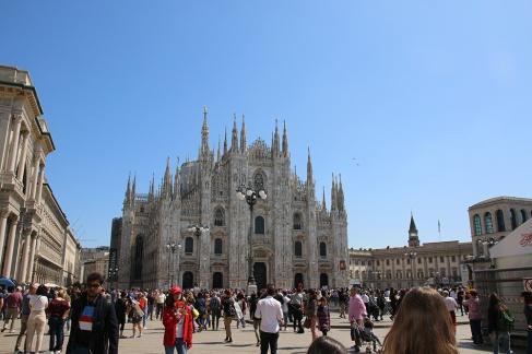 Mailand Duomo mit Domvorplatz