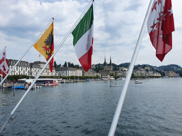 Luzern Uferpromenade Vierwaldstättersee