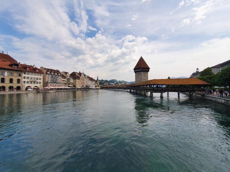 Luzern Kapellbrücke und Altstadt