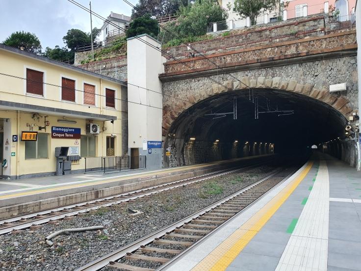 Cinque Terre Bahnhof Riomaggiore