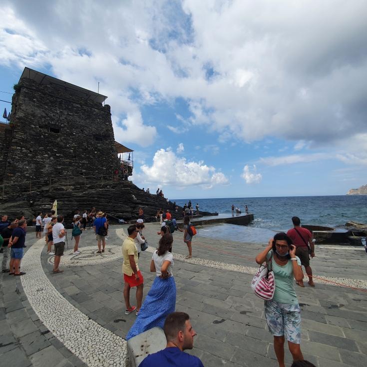 Cinque Terre Vernazza Piazza am Hafen
