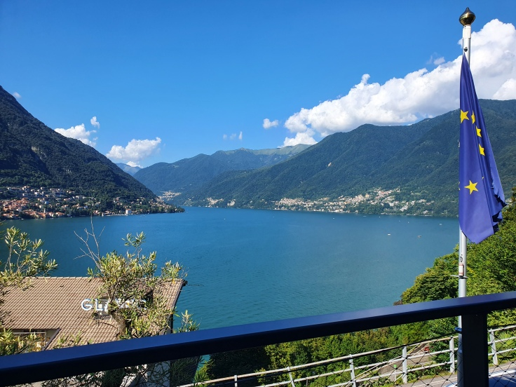 Comer See / Torno: Blick vom Hotel Lago über den See
