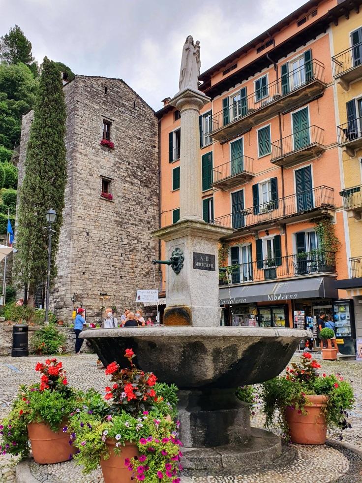 Bellagio - Piazza della Chiesa